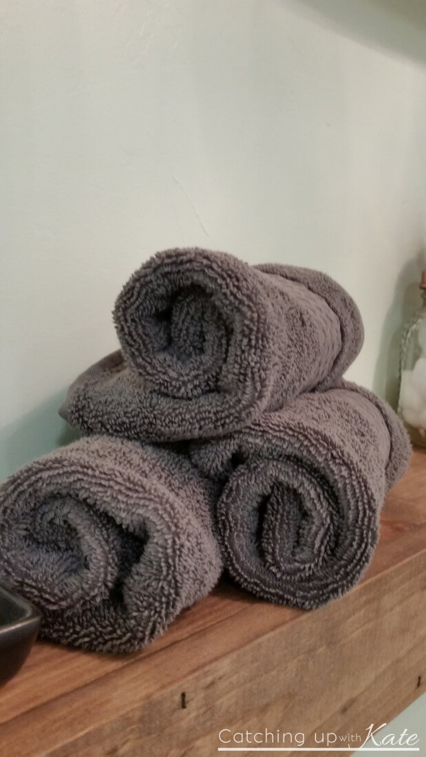 rolled-decorative-towels