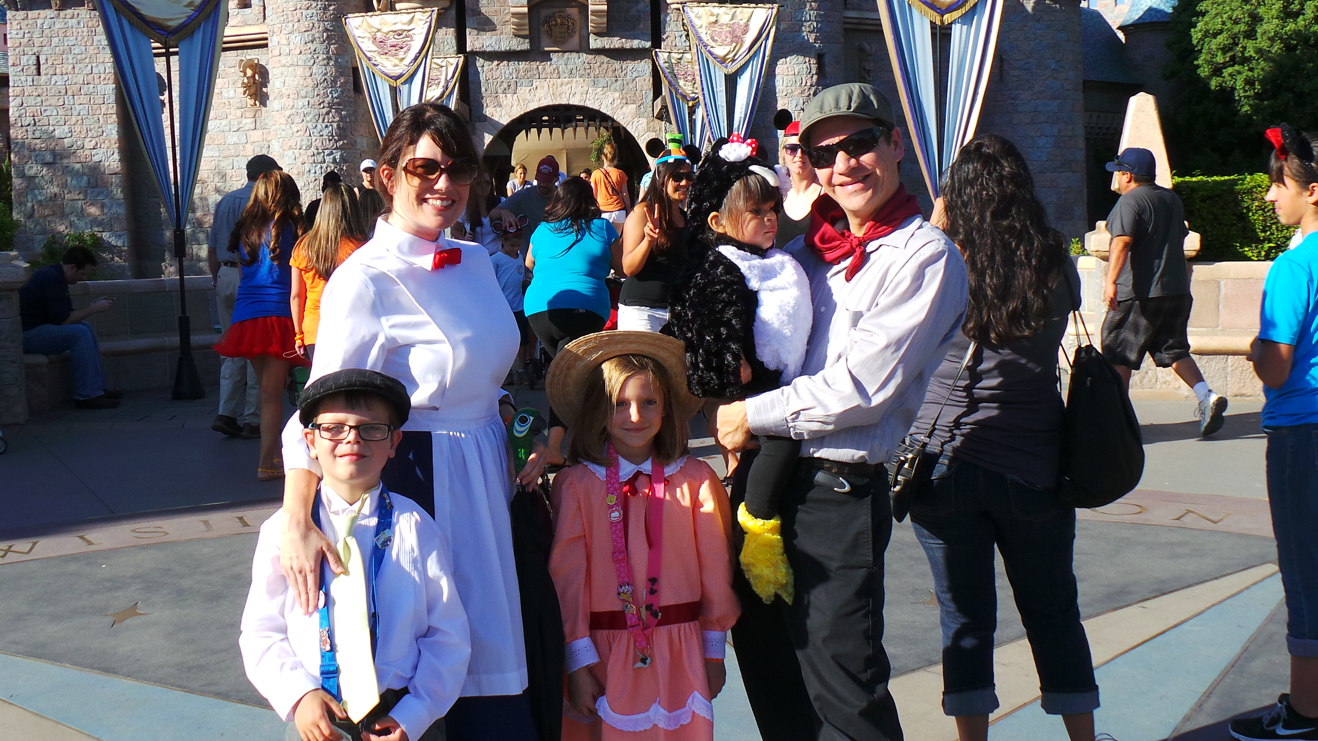 Jane Banks and Mary Poppins Cast Disneyland