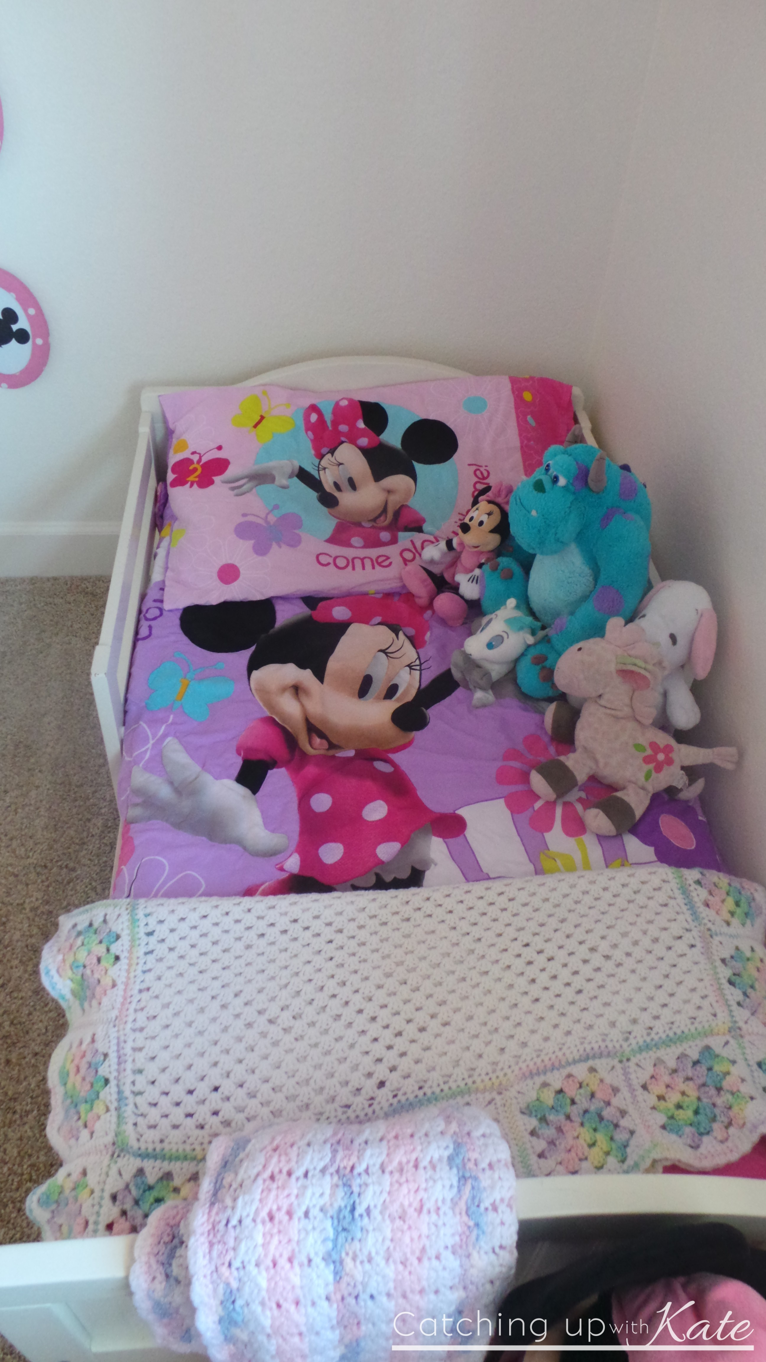 Minnie Mouse Room DIY Decor Highlights Along The Way - Minnie mouse bedroom decor for toddler