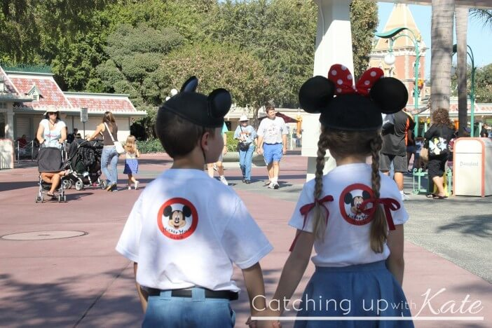Costumes-Encouraged-at-Mickey's-Halloween-Party